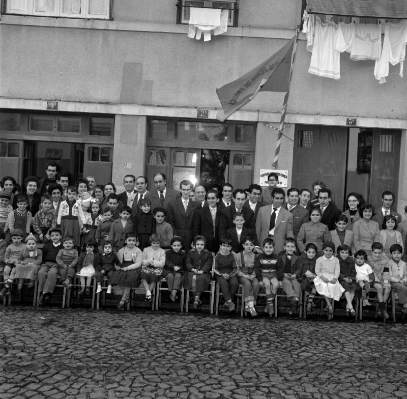 Schools Photography, Creche of Penha de França, Lisbon [LPB180420140007]