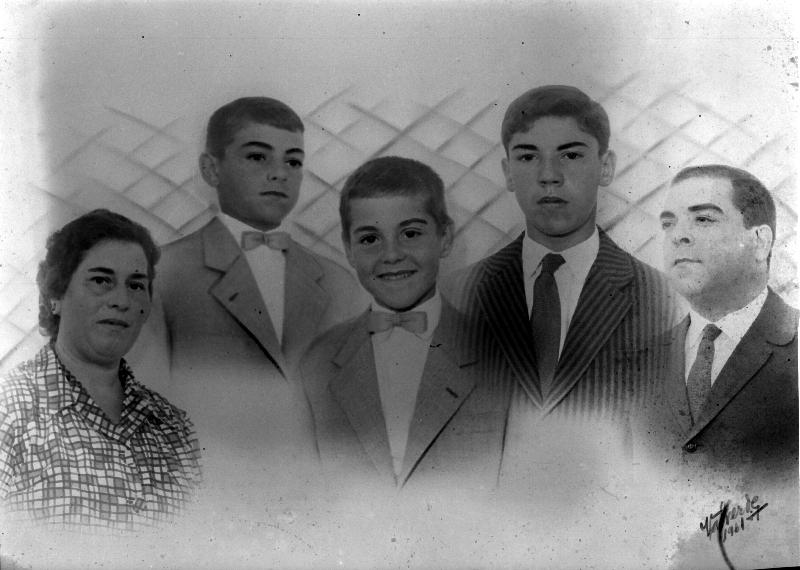 Family portrait, 1961 Lisbon [LPB180420140018A]