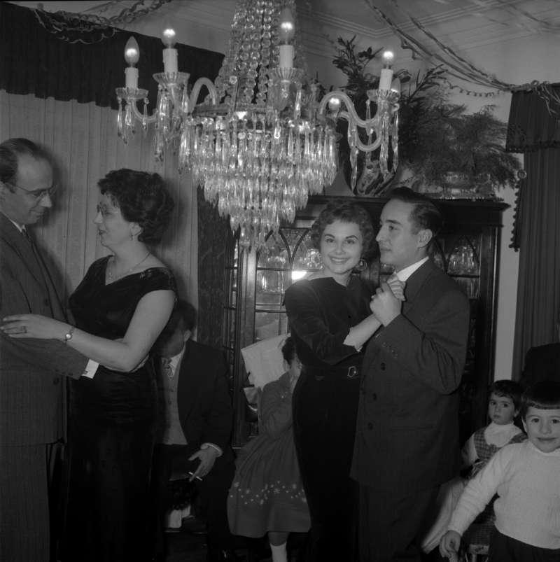 New Year, 1958 [LPB180420140032]